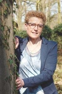 Anja Assink Ritueelbegeleiding